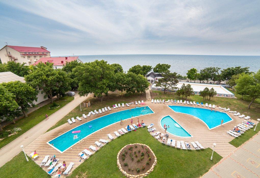 Приглашаем замечательно отдохнуть в пансионатах анапы на берегу черного моря.